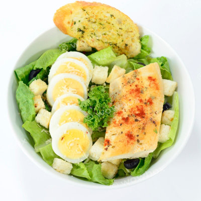 A2. Caesar Salad - Chicken