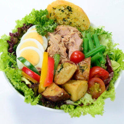 A5. Niçoise Salad - Oiled Tuna