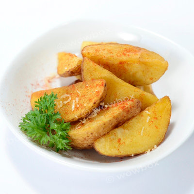 C3. Cajun Potato Wedges